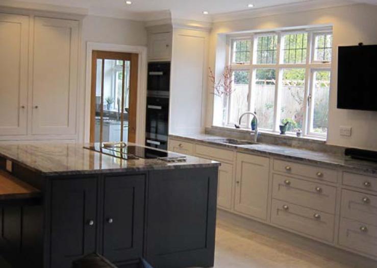 Shaker In-framed kitchen